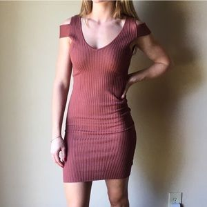 KENDALL & KYLIE Burnt Orange Ribbed Dress
